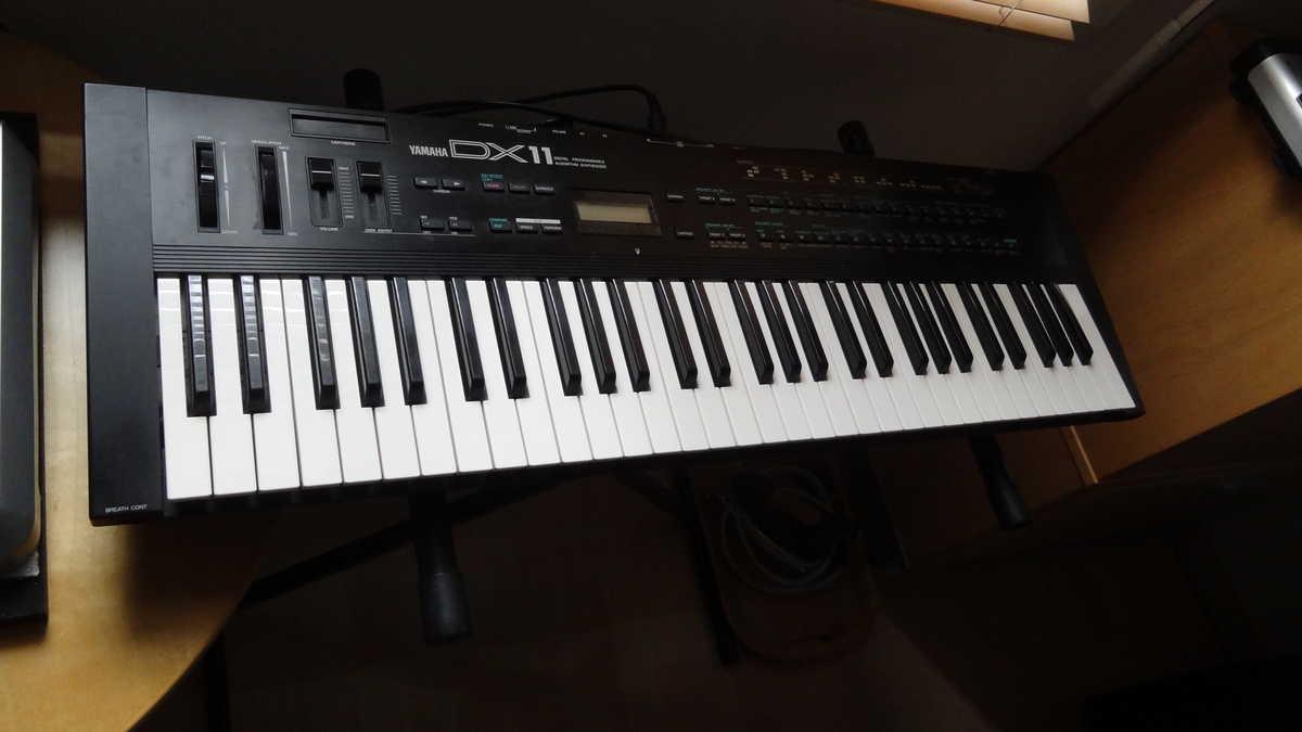 Yamaha DX11