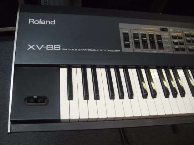Roland XV-88